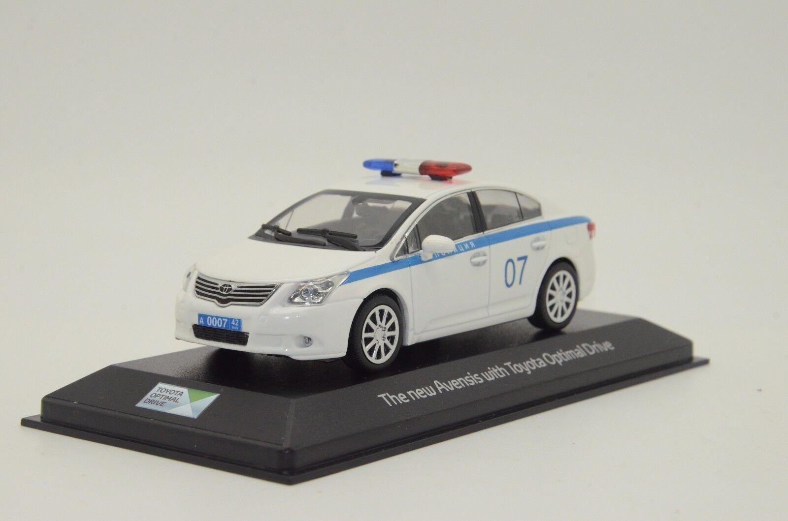 rara    Jugueteota Avensis coche de policía rusa Hecho a Medida 1 43
