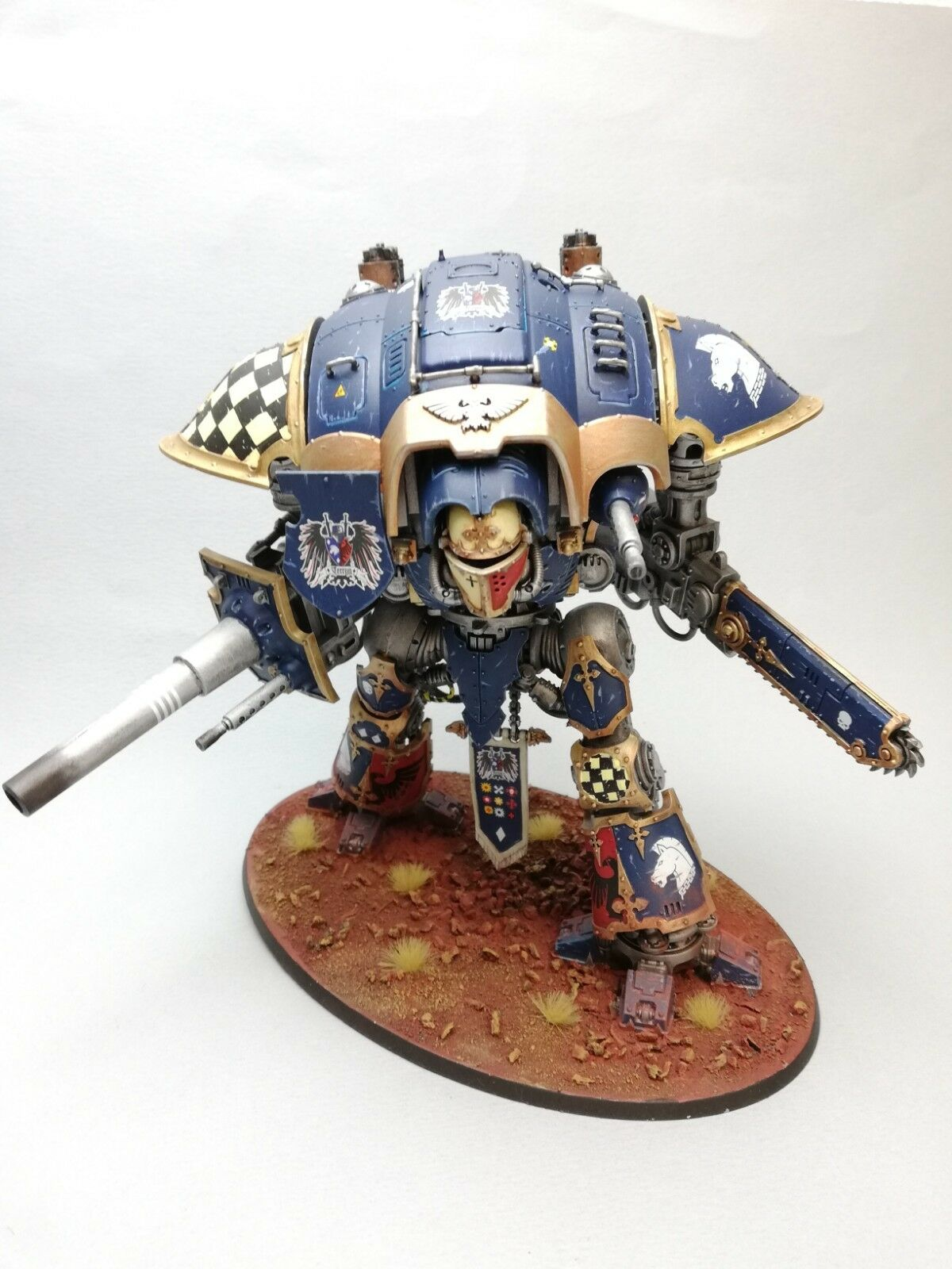 Imperial Knight paladin Warhammer 40K  games workshop Pro painted