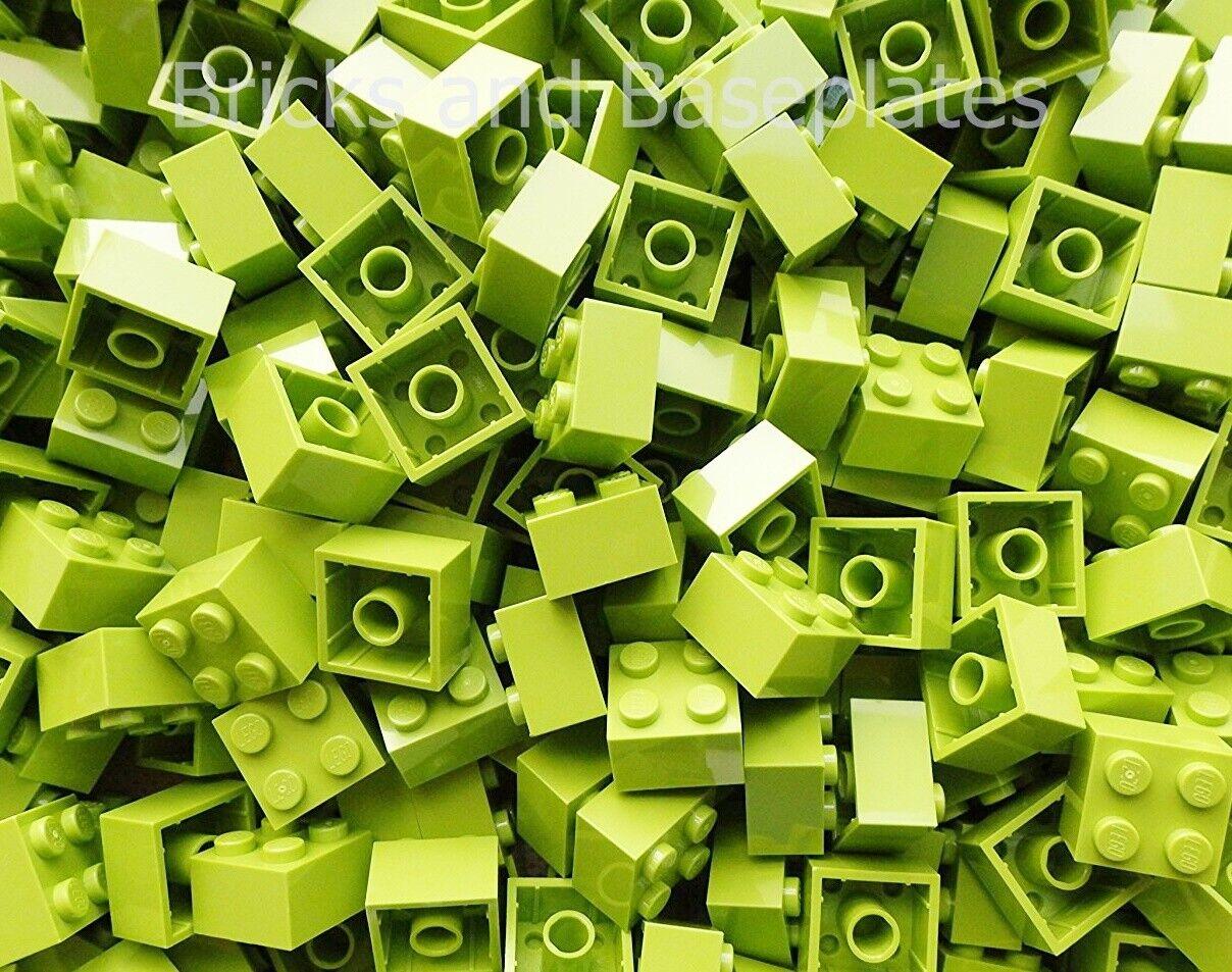 LEGO Mattoni 500  x Lime 2x2 Pin da Set Di Nuovo di Zecca inviati in un sacchetto sigillato  supporto al dettaglio all'ingrosso