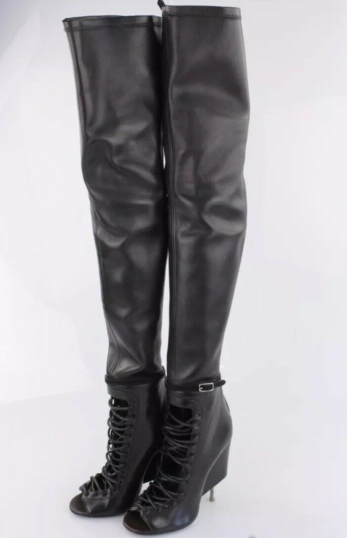 NIB Authentic Givenchy over the knee nunka Stiefel retailed laced toe 3.3k retailed Stiefel @ sz 40 674f8a