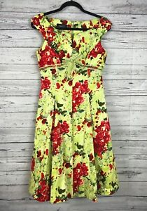 65146adde7 Rickie Freeman for Teri Jon Red Green Floral Tulle Lined Fit   Flare ...
