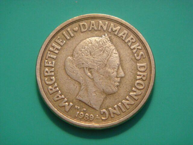 Denmark 10 Kroner 1989 3 Lions Animals
