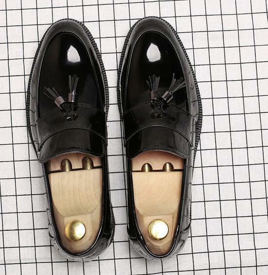 Mens patent leather Brogues tassels slip on oxfordS Casual Business Dress shoes