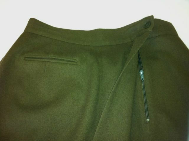 ANN TAYLOR 100% WOOL DARK OLIVE BROWN SKIRT BELOW KNEE HIGHT SIZE 10