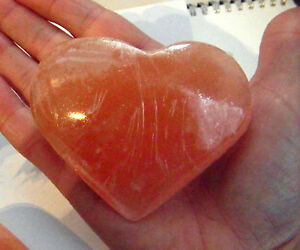 LARGE-ORANGE-SELENITE-CRYSTAL-PUFF-HEART-HEALING-REIKI-120g
