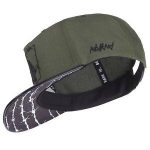 Nebelkind-Snapback-Cap-oliv-gruen-Stacheldraht-Muster-mit-Stickereien-edel-onesiz