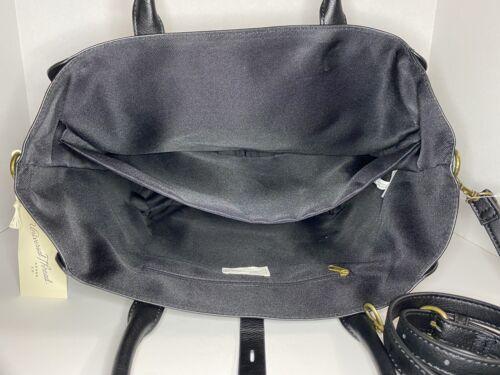 Universal Thread Faux Leather Tote Handbag Purse Pocketbook w// Cross Body Strap