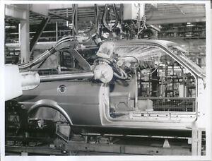 Austin-Metro-Factory-Press-Photo-10525-1