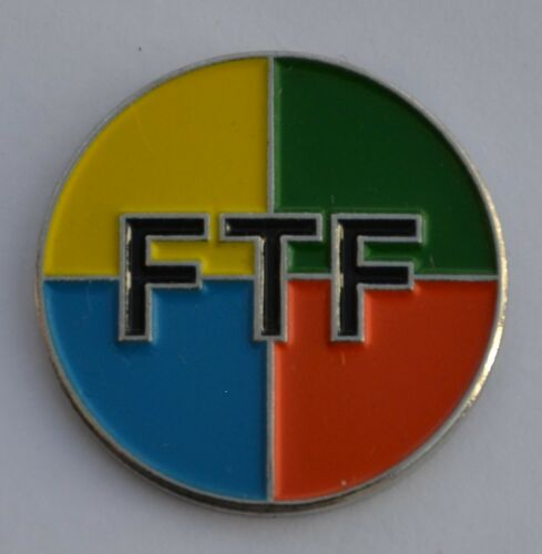 5 x Geocaching FTF Enamel Pin Badge