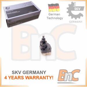 OEM-SKV-HD-del-freno-Interruttore-luce-per-AUDI-SEAT-SKODA-VW