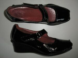 CLARKS-LADIES-WOMENS-BLACK-PATENT-LEATHER-WEDGE-HEEL-MARY-JANE-SHOES-SIZE-5-5
