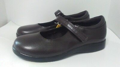6 Brown NWT Skid 3.5 5 Smart Fit Girl/'s Mary Jane School Dress Shoes Sizes 2