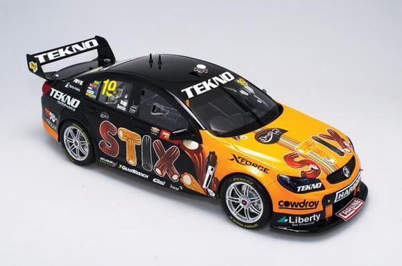 1 18 Biante - 2016 Bathurst Winner - Holden VF Commodore - Davison Web