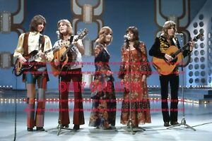 """1971 BRITISH POP GROUP The NEW SEEKERS Photo /""""TOP OF THE POPS/"""" ENGLAND #2"""