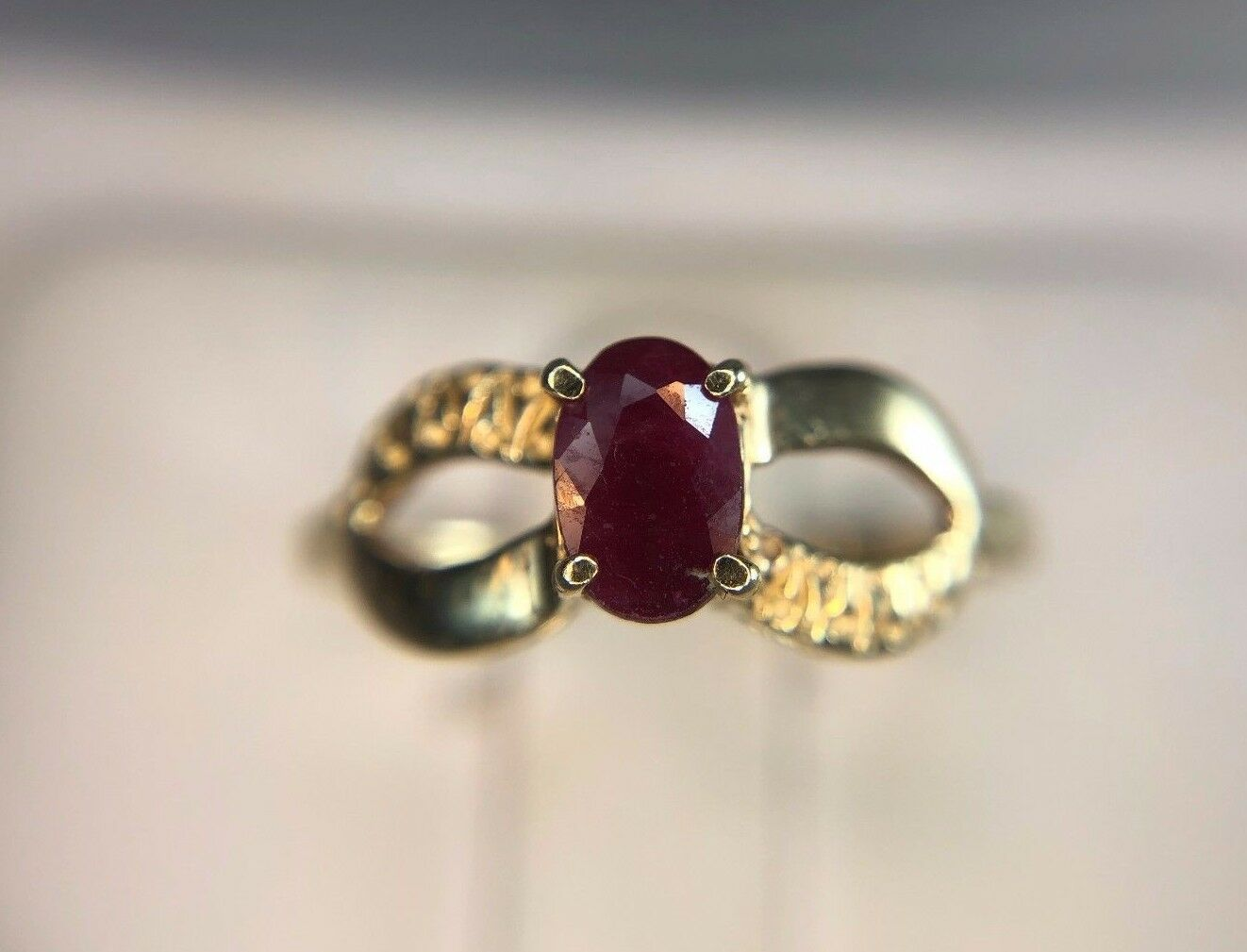Estate Vintage 14k Yellow gold Oval Natural Red Ruby Small Ring 1 2 ct