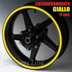 Strisce-adesive-cerchi-moto-GIALLO-CATARIFRANGENTE-11mm-rinfrangenti-riflettenti
