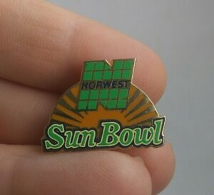 Vintage NORWEST Sun Bowl College Football pin button pinback *EE71