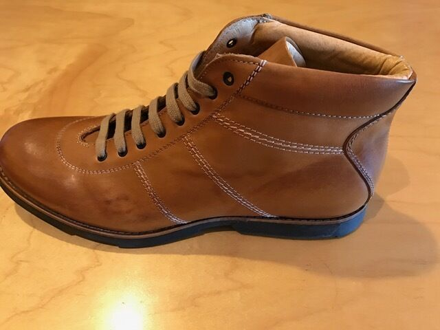 Tan leather ankle boots handmade in Italy by Giulio Moretti-handmade in Italy