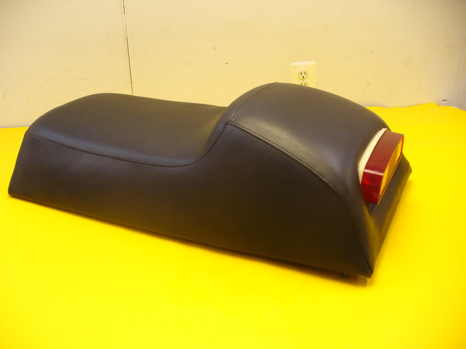 1978-1979 VINTAGE MOTOSKI  SONIC  DARK blueE  SNOWMOBILE SEAT COVER  NEW
