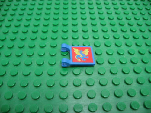 LEGO Blue Flag 2x2 Square w//Blue Dragon Yellow Wing 6085 86 57 1888 #2335px9