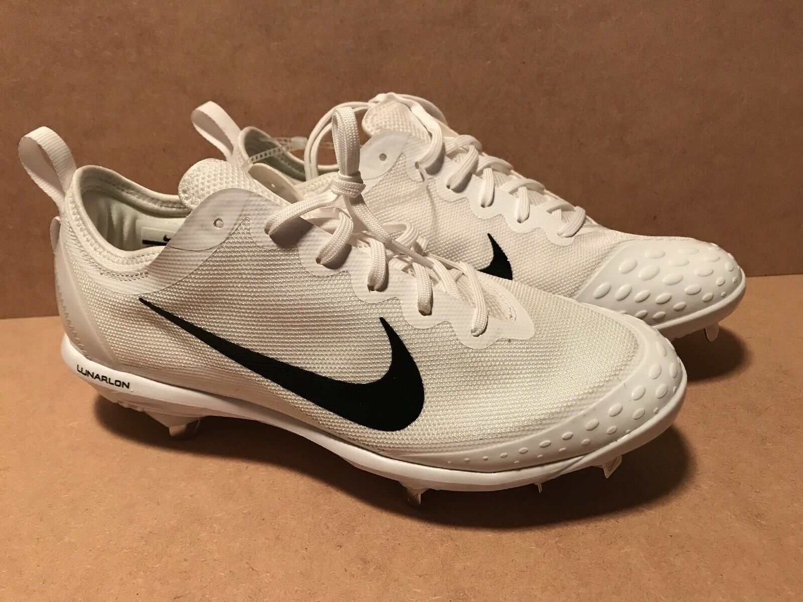 39c748872815 Nike 856433-101 Lunar Hyperdiamond 2 Elite Softball Softball Softball  Cleats Women s Size 11 New