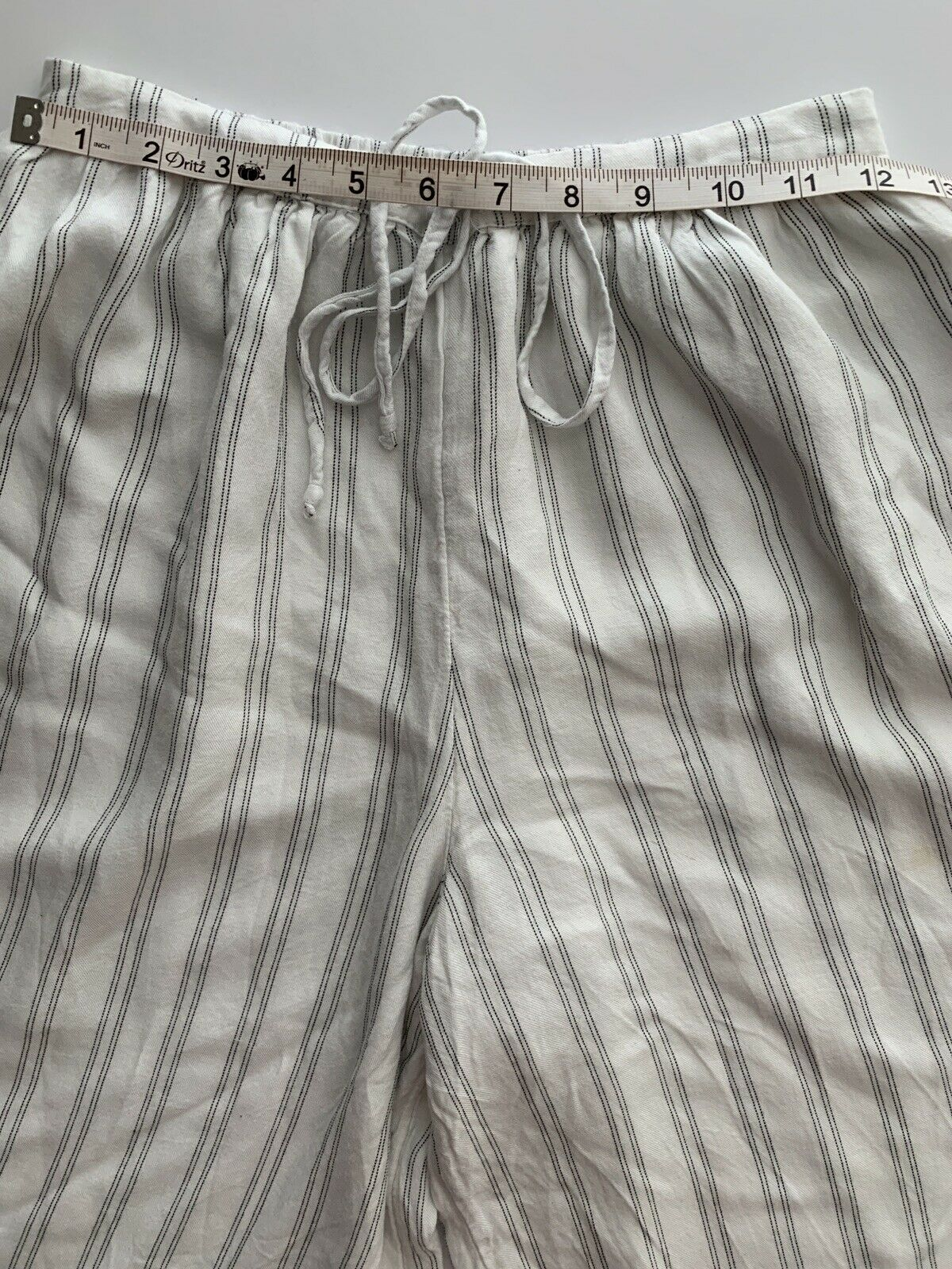 American Eagle White Striped Gaucho Pants Small - image 6
