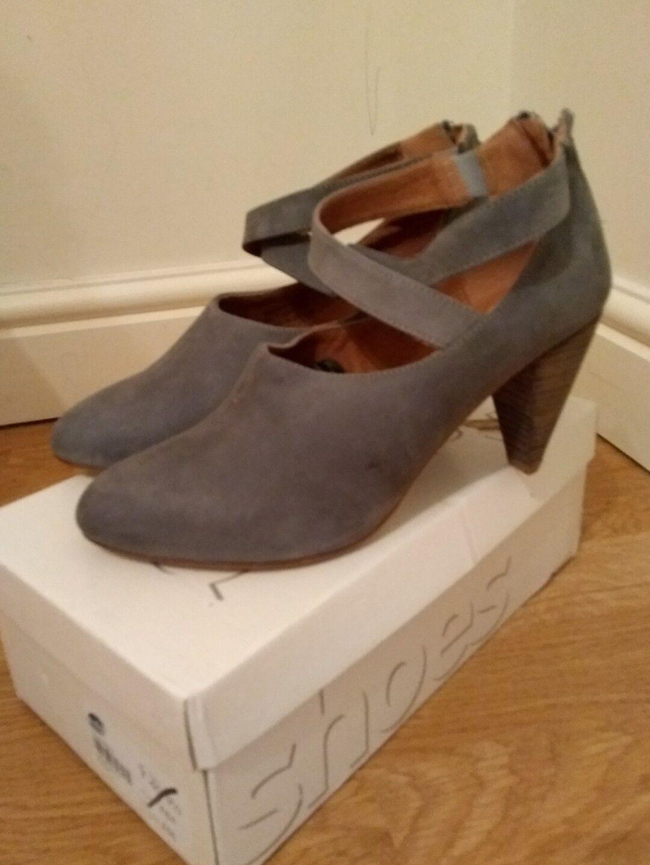 Topshop Ladies shoes Joseph Grey Size UK 7 Eur 40
