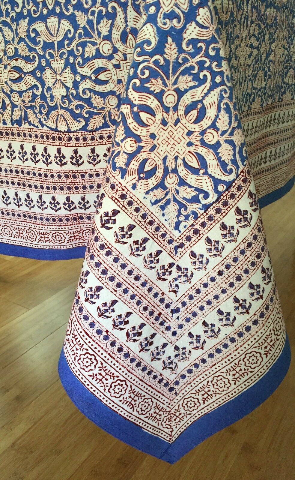 Anokhi bleu & blanc Floral Cotton Tablecloth, 70 x108