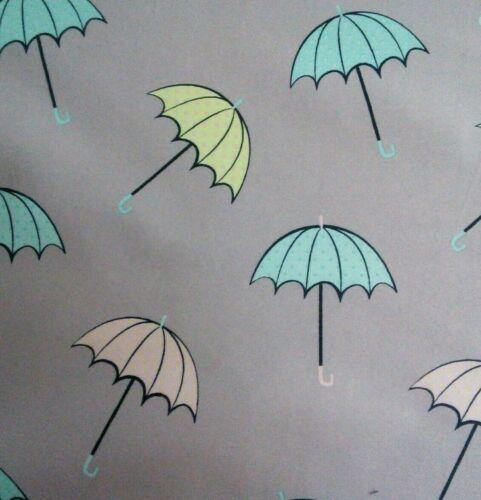 Paraguas en Soft Shell Resistente al Agua 140cm de Ancho Lana Forrada De Tela