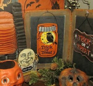 Prim-Antique-Vtg-Style-Spooky-Trick-or-Treat-Owl-Spider-Halloween-Scary-Jar-Sign