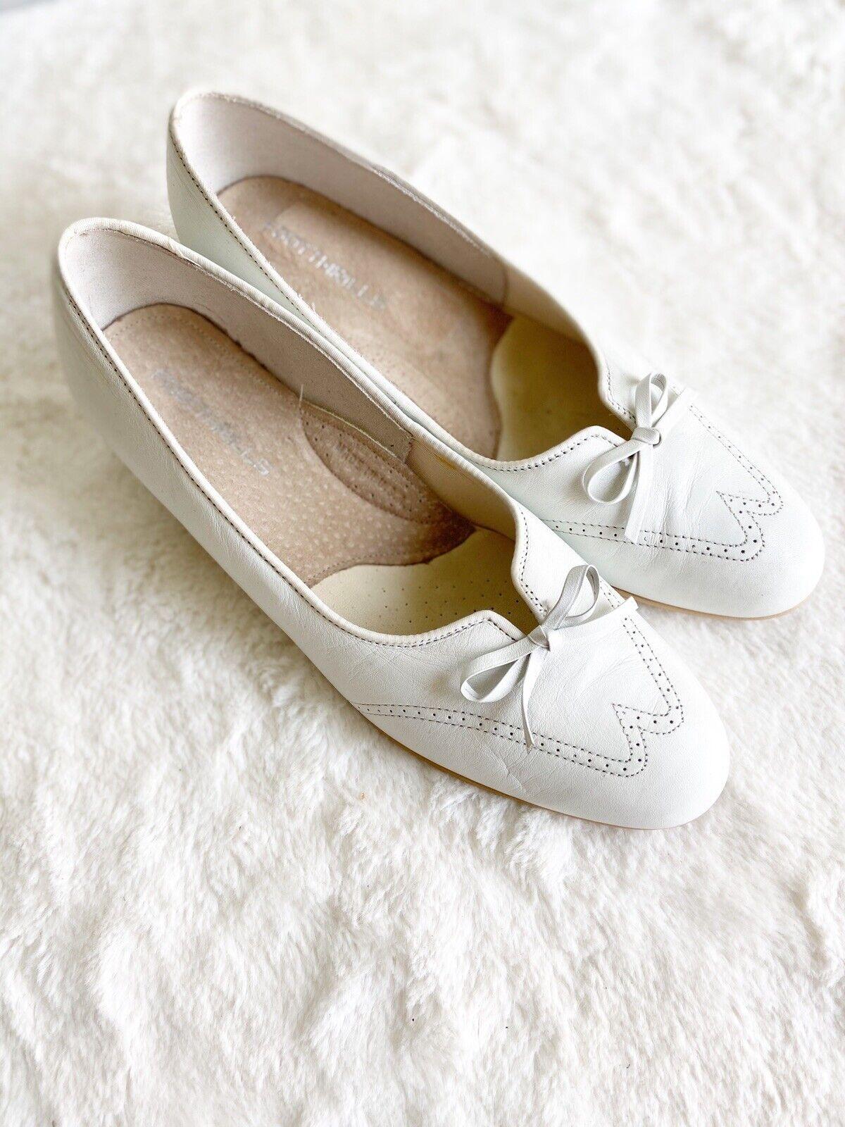 Footthrills Women's White Leather Shoes Pump Heel Wingtip Granny Victorian Sz8
