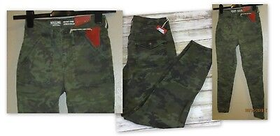 BRAND NEW LADY/'S NO BOUNDARIES GREEN CAMO JEGGING with 2 BACK POCKETS