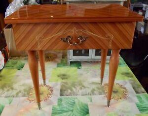 Ancienne-Table-de-Chevet-pied-Compas-poignee-Coquille-1970-Vintage-Scandinave