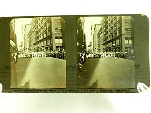 large-Women-039-s-March-down-the-streets-of-Chicago-Stereoview-circa-1900-039-s