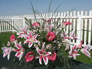 Cemetery-Pink-White-Lily-Memorial-Day-Funeral-Sympathy-Grave-Saddle-Urn-Flowers