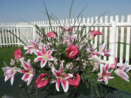 Cemetery Pink White Lily Valentines Day Funeral Sympathy Grave Saddle Urn Flower