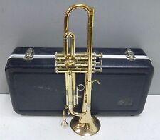Getzen 400 Series Trumpet sn R48415 w/ Holton 7C Mouthpiece & Case