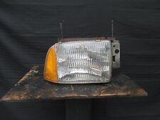95-97 chevrolet Blazer passenger's side headlight