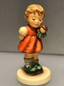Hummel-Figurine-2103-A-Punch-Is-Da-3-11-16in-1-Choice-Top-Conditino