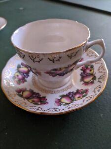 Rare-vintage-Colclough-teacup-and-saucer
