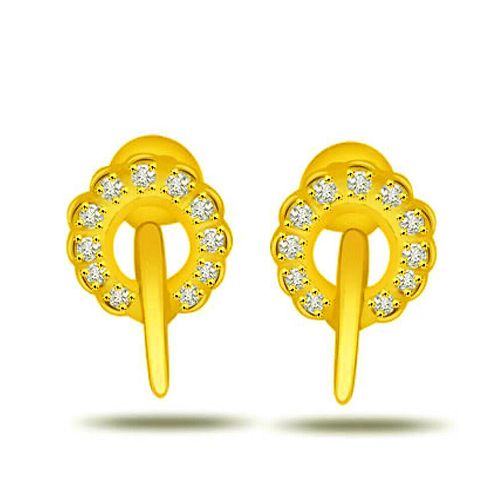 Rounding Beauty-Real Natural Diamond Earrings in 18kt Yellow gold for Her ER224
