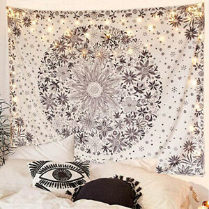 Boho-Tapestry-Wall-Hanging-White-Floral-Retro-Tapestry-with-Dotted-Daisy-Printed