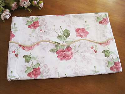 Beautiful Shabby Rose Water Proof Picnic Table Cloth XL