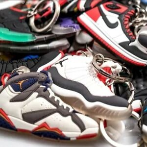 975086ac94cf09 Image is loading Lot-of-30-Nike-Air-Jordan-Yeezy-Lebron-