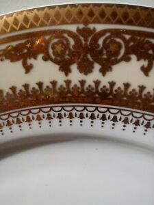 4-Gold-Crown-fine-Italian-Style-china-dinnerware