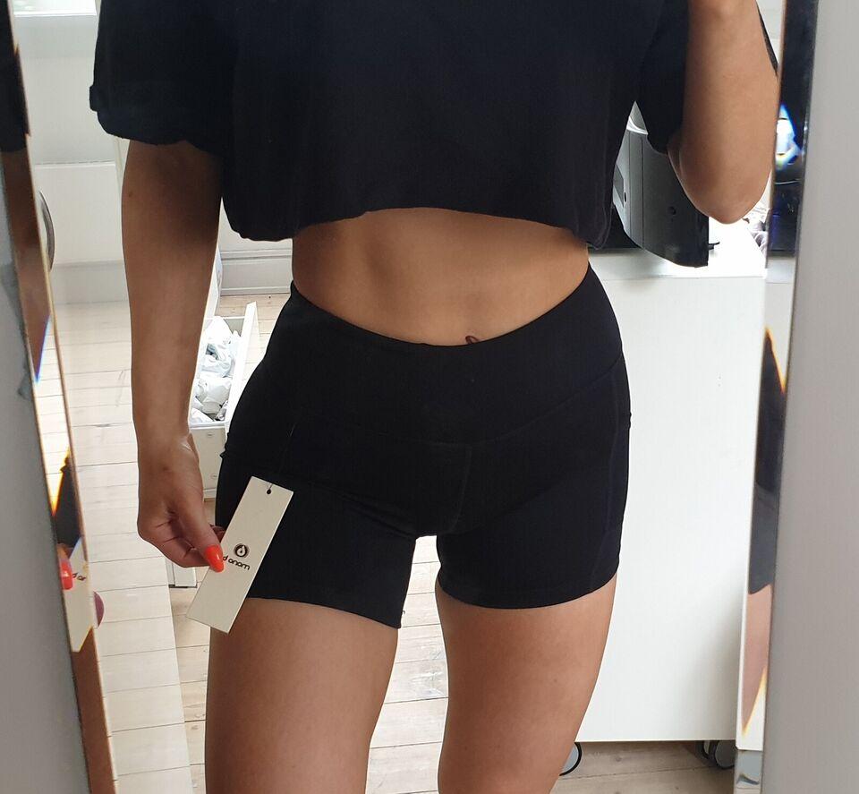 Fitnesstøj, trænings shorts, str. small