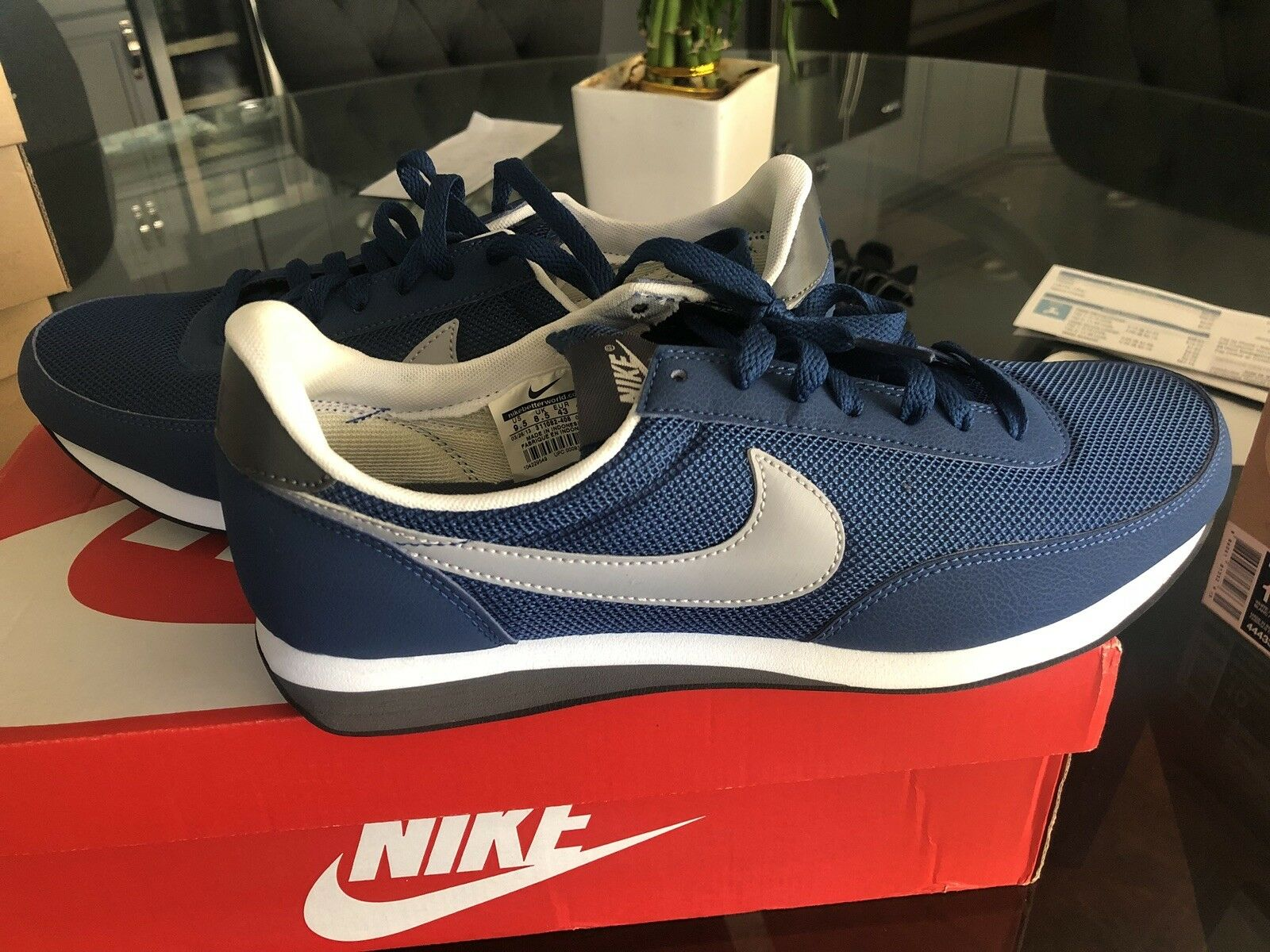 Special limited time Nike Elite 9.5, blue color, brand new
