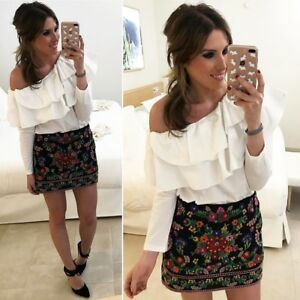 88b434f911 ZARA EMBROIDERED FLORAL MINI SKIRT TV BLOGGERS REF 1381 040 SIZE M ...