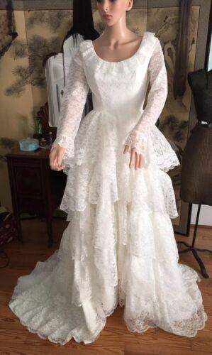 Vintage 1960s Lace Tiered Wedding Dress Fairytale