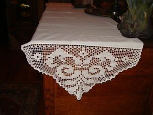 Beautiful Vintage White Work Crochet Art Nouveau Butterfly Table Runner